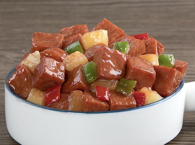 https://www.spam-ph.com/recipe/deep-fried-spam-classic-in-sweet-hawaiian-sauce/