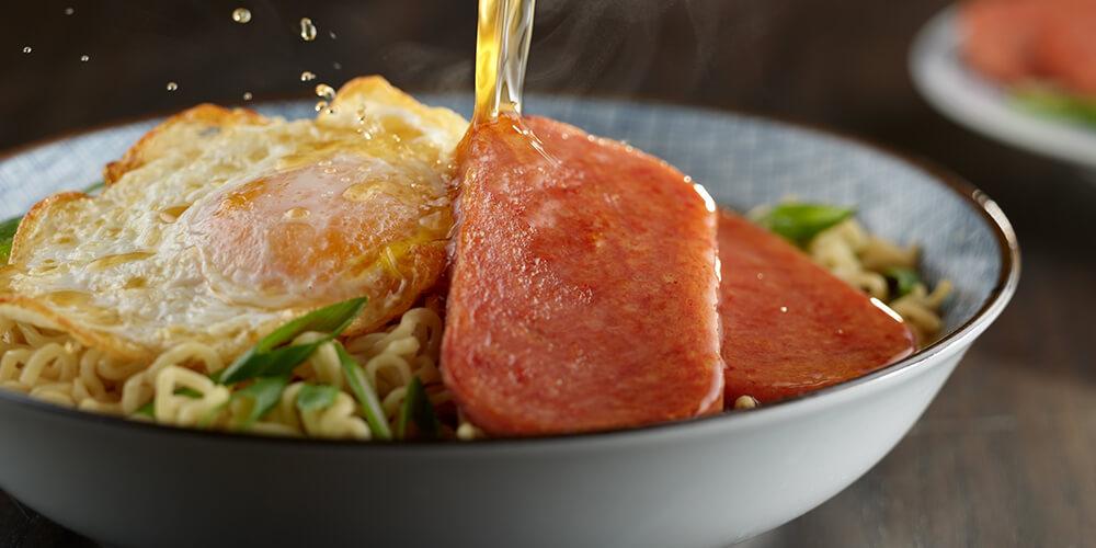https://www.spam-ph.com/recipe/spam-classic-and-beef-ramen/